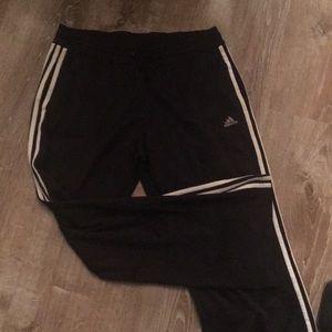 Adidas jogging pant size L